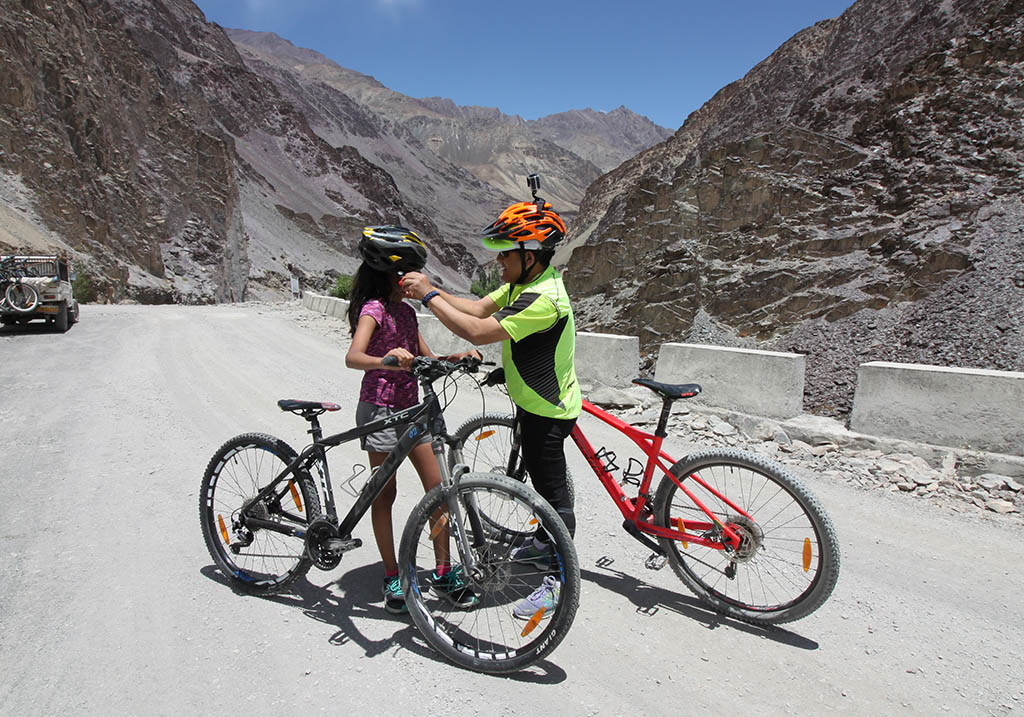 Cycling through Leh Valley
