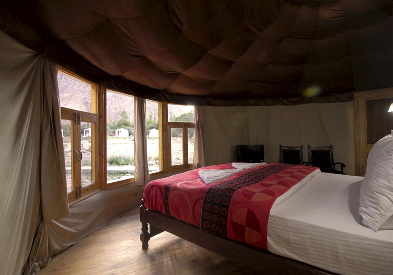Accomodations at superior rooms at Hunder sarai